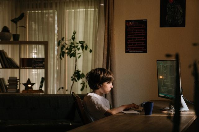 You are currently viewing כמה זמן מחשב כדאי לתת לילדים?